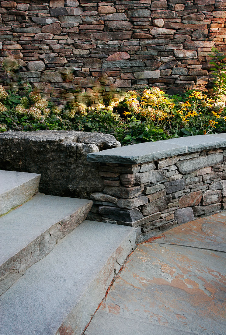 Gallery natural stone landscaping masonry projects for Landscaping rocks york pa