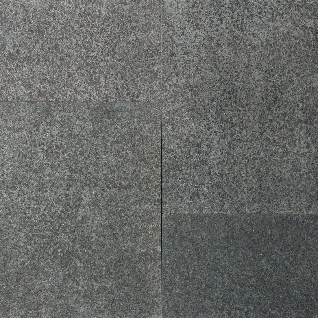 India Jet Black flamed square cut flagstone paver swatch